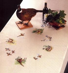 Tafelkleed met eenden en fazanten