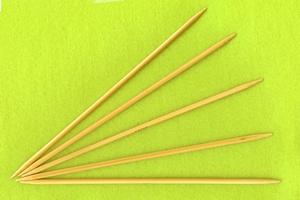 Breinaalden zonder knop (bamboe) 20 cm